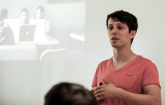 Das Bild zeigt ein Redner-Foto von Martin Krengel - Marketing - Motivation - Produktivität