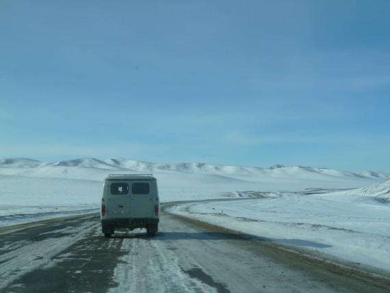 Durch Schnee und Eis - Abenteuer Mongolei - Asien-Reise Reisebericht von Dr. Martin Krengel
