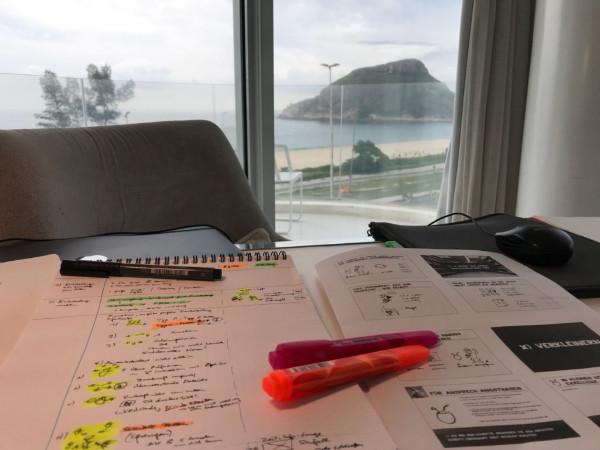 Buch schreiben am Strand - so schoen kann es sein - Dr Martin Krengel schreibt ein neues Buch in Brasilien